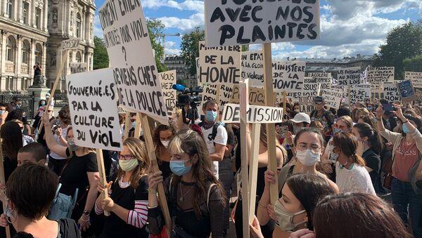 Un rassemblement féministe à Paris - Sputnik France