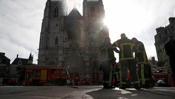 Incendie à la cathédrale de Saint-Pierre-et-Saint-Paul de Nantes, 18 juillet 2020 - Sputnik France