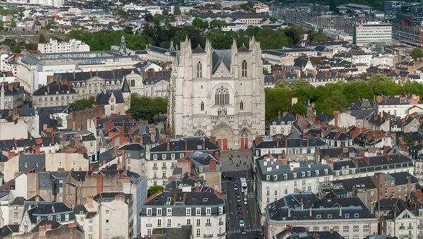 Vue de la ville de Nantes, avec sa cathédrale - Sputnik France