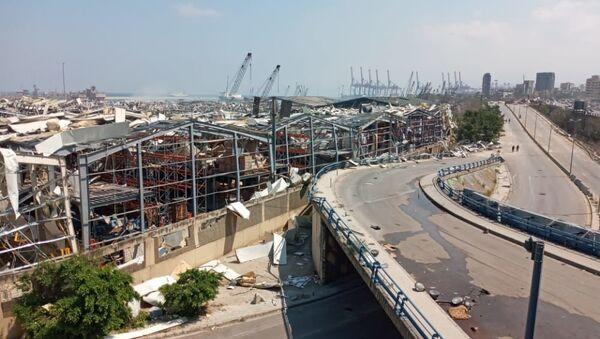 Le port maritime de Beyrouth au lendemain de l'explosion de nitrate d'ammonium du 4 août 2020 - Sputnik France