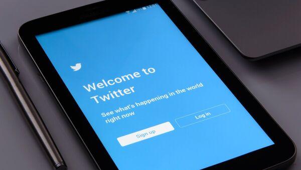Page d'accueil de l'application du réseau social Twitter - Sputnik France