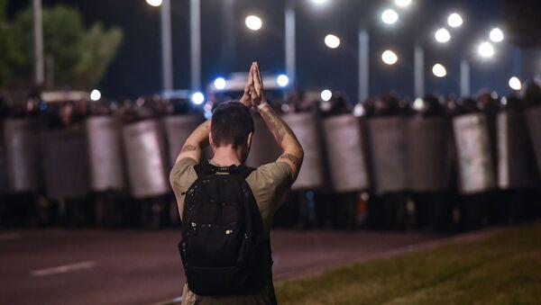 Manifestation à Minsk, 9 août 2020  - Sputnik France