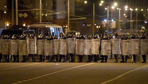Les forces de l'ordre à Minsk le 11 août. - Sputnik France