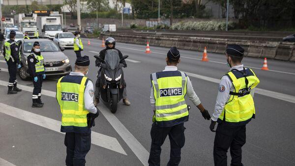 Un contrôle policier en France - Sputnik France
