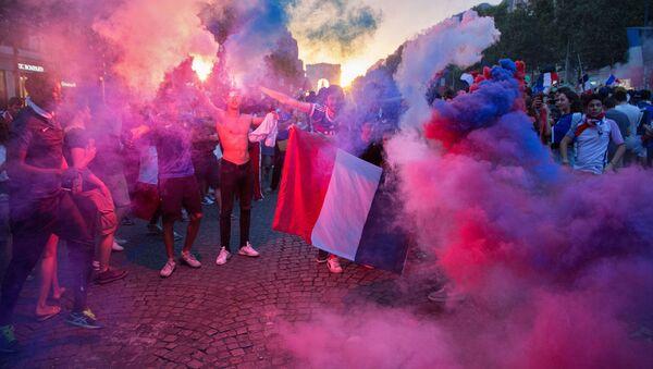 Des supporters français, image d'illustration - Sputnik France