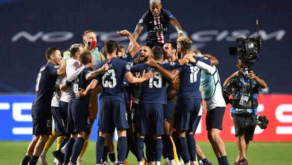 Les joueurs du PSG célébrant la victoire en demi-finale      - Sputnik France