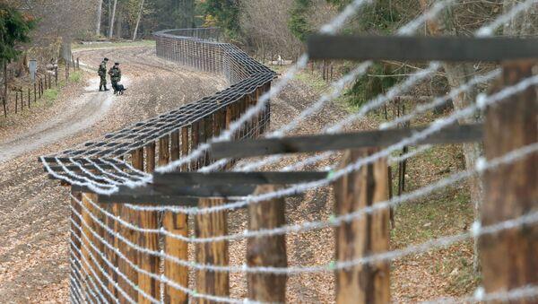 La frontière entre la Biélorussie et la Pologne (archive photo) - Sputnik France