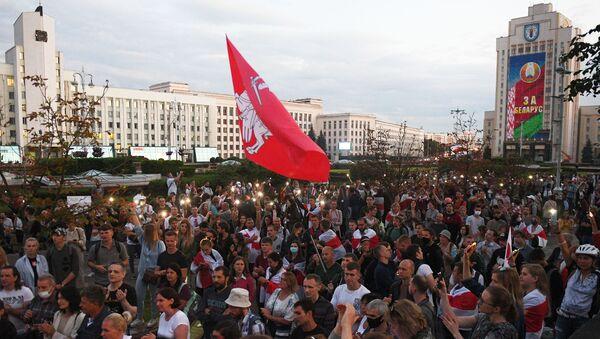 Rassemblement de l'opposition à Minsk, le 24 août - Sputnik France