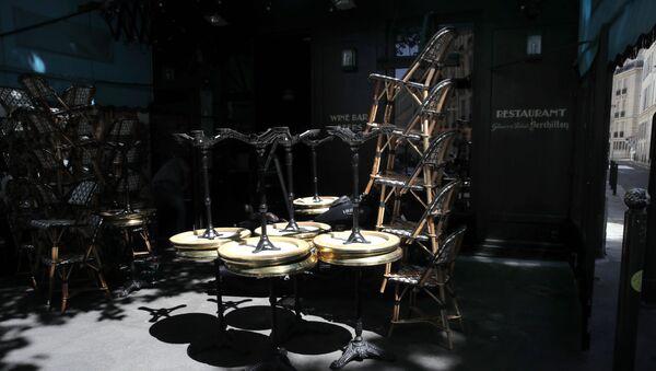 Un restaurant à Paris - Sputnik France