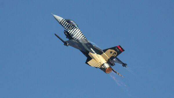 Un F-16 turc (archive photo) - Sputnik France