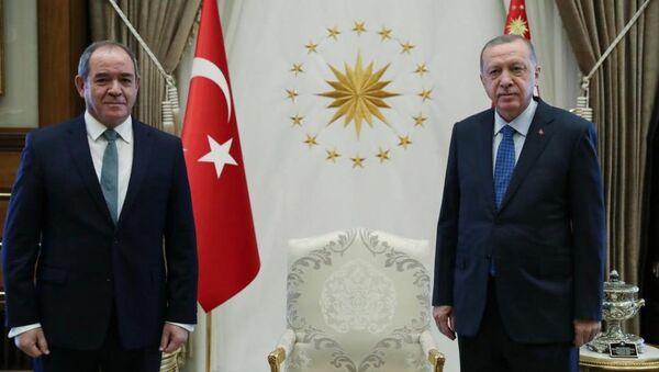 Recep Tayyip Erdogan et Sabri Boukadoum lors de la visite officielle de ce dernier en Turquie - Sputnik France