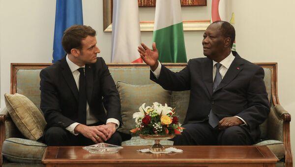 Emmanuel Macron et Alassane Ouattara - Sputnik France