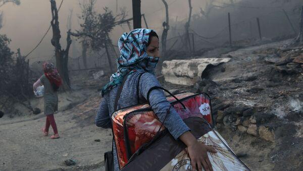 incendie du camp de réfugiés Moria sur l'île grecque de Lesbos - Sputnik France
