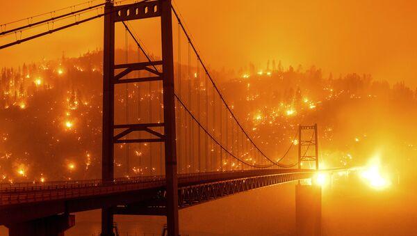Paysages martiens: le ciel orange de la Californie - Sputnik France