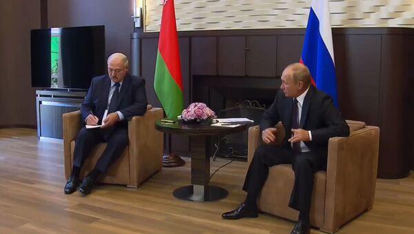Alexandre Loukachenko et Vladimir Poutine à Sotchi - Sputnik France