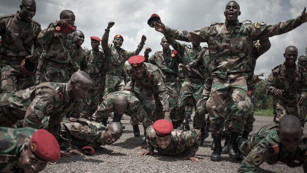 Les nouvelles recrues de l'armée centrafricaine entraînées par des consultants russes - Sputnik France