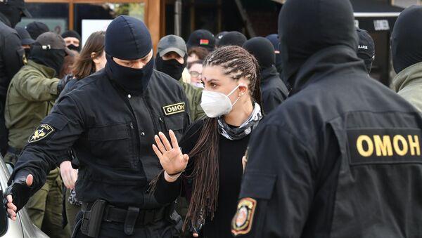 Marche de femmes à Minsk  - Sputnik France