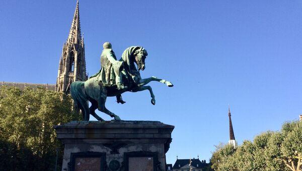 Statue équestre de Napoléon à Rouen - Sputnik France