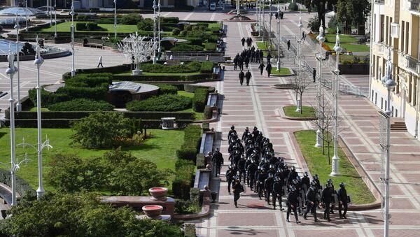 Forces de l'ordre sur la place de l'Indépendance à Minsk, le 20 septembre 2020 - Sputnik France