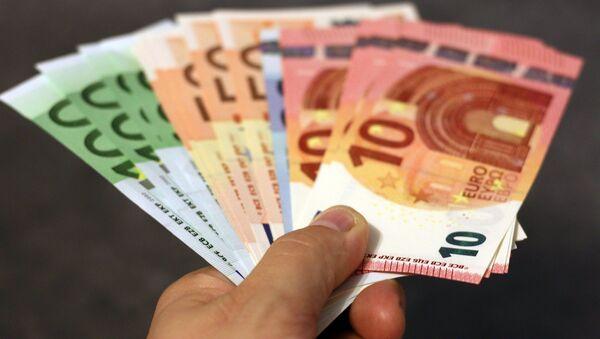 De l'argent - Sputnik France