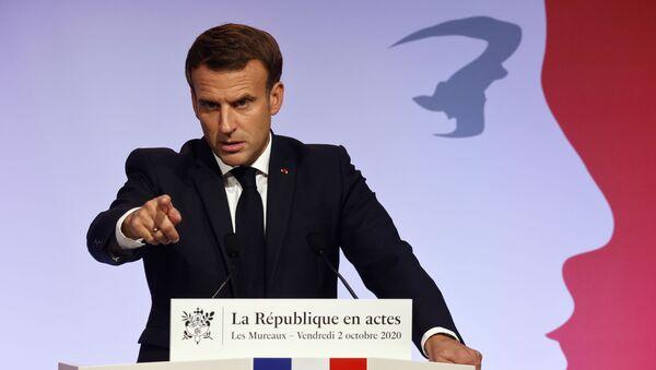 Macron aux Mureaux - Sputnik France