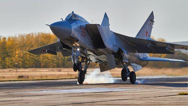 Les exercices tactiques de vol des chausseurs de la région militaire occidentale dans la région de Voronej   - Sputnik France