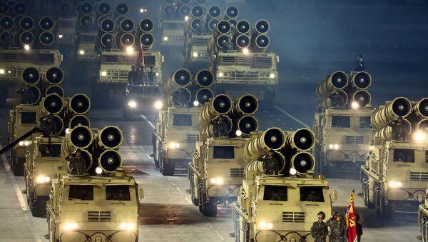 Un défilé militaire qui marquait le 75e anniversaire de la fondation du Parti du travail en Corée du Nord - Sputnik France