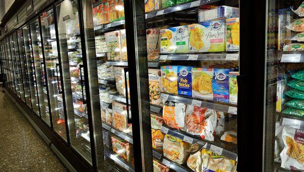 Produits congelés dans un supermarché (image d'illustration) - Sputnik France