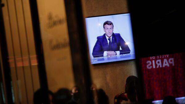 Emmanuel Macron s'adresse aux Français - Sputnik France