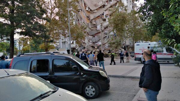 La ville turque d'Izmir secouée par un séisme de magnitude 6,9 (octobre 2020) - Sputnik France