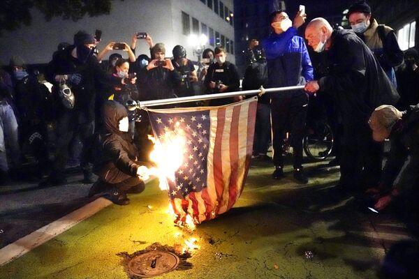 Manifestations aux États-Unis après l'élection présidentielle   - Sputnik France