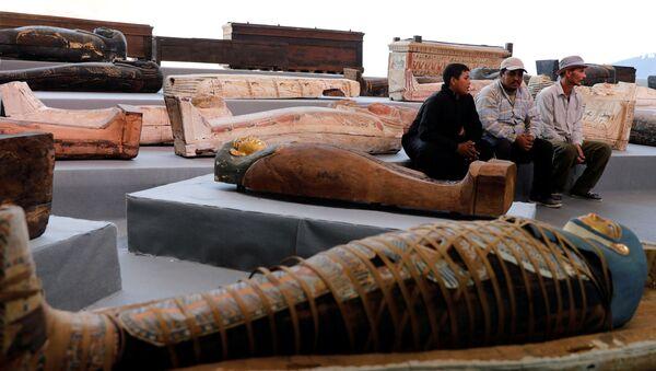 de sarcophages découverts à Saqqarah - Sputnik France