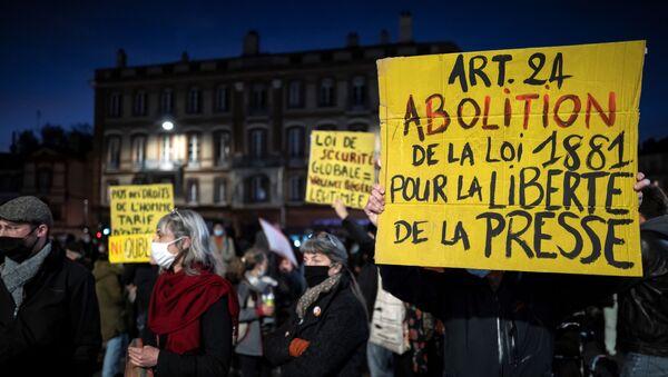 Manifestation contre la loi sécurité globale - Sputnik France