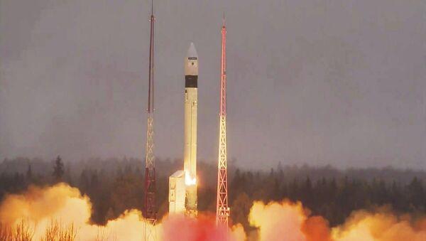 Le satellite d'observation de la Terre, Sentinel-5P, décolle du cosmodrome de Plessetsk en Russie, le 13 octobre 2017 - Sputnik France