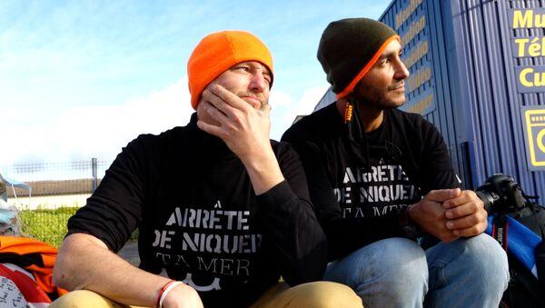 La marche de Fred et Eddie - Sputnik France