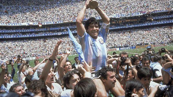 Maradona après la victoire de l'Argentine lors de la Coupe du Monde 1986 - Sputnik France