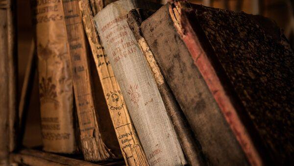 Livres anciens. Image d'illustration - Sputnik France