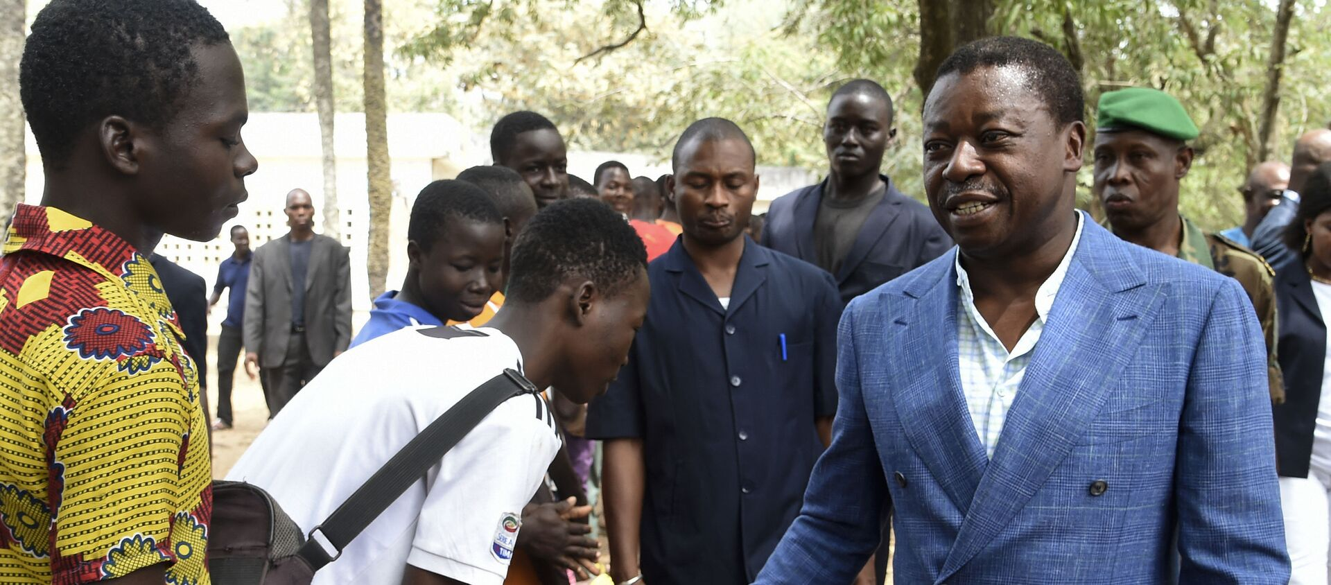 Le président togolais Faure Gnassingbé arrive au bureau de vote - Sputnik France, 1920, 03.12.2020