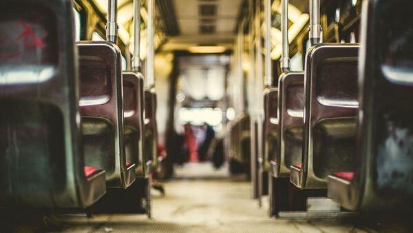 Dans un bus, image d'illustration - Sputnik France