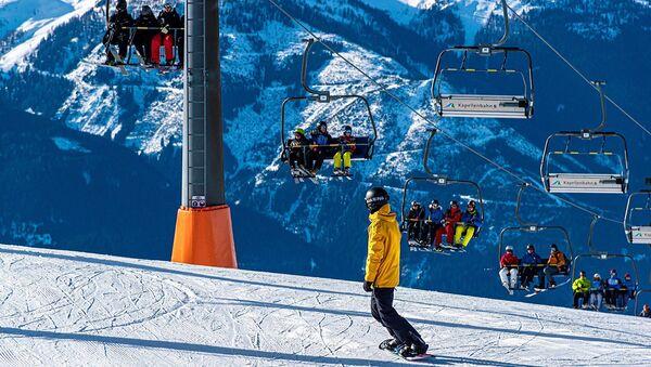 Des skieurs  - Sputnik France