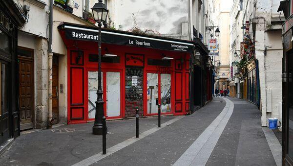Un restaurant fermé à Paris lors de la crise sanitaire du Covid-19 (archive photo) - Sputnik France
