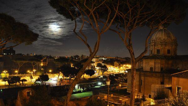 Rome pendant la nuit - Sputnik France