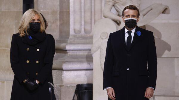 Brigitte Macron et Emmanuel Macron - Sputnik France