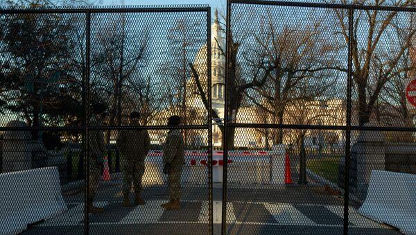 Renforcement des mesures de sécurité à Washington avant l'investiture de Biden   - Sputnik France
