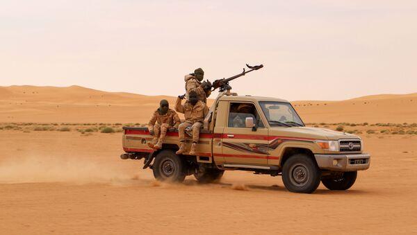 Des soldats nigériens patrouillent. - Sputnik France