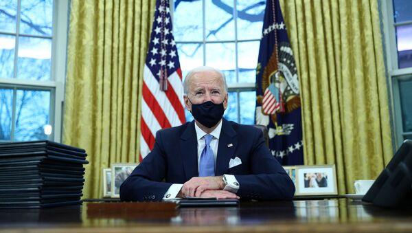 Joe Biden dans le Bureau ovale  - Sputnik France