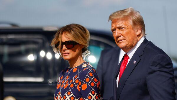 Melania et Donald Trump en Floride - Sputnik France