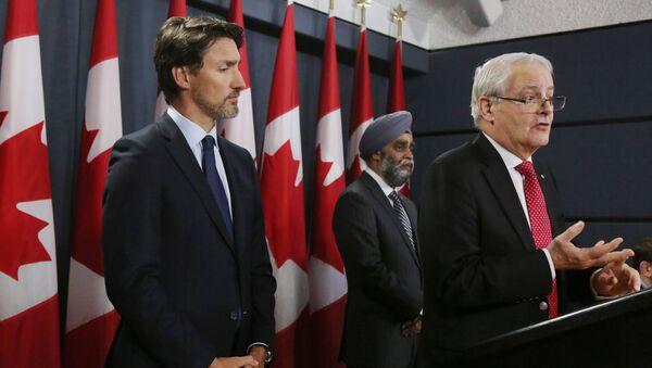 Le Premier ministre canadien Justin Trudeau et son nouveau ministre des Affaires étrangères Marc Garneau. - Sputnik France