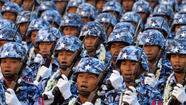 Militaires birmans - Sputnik France