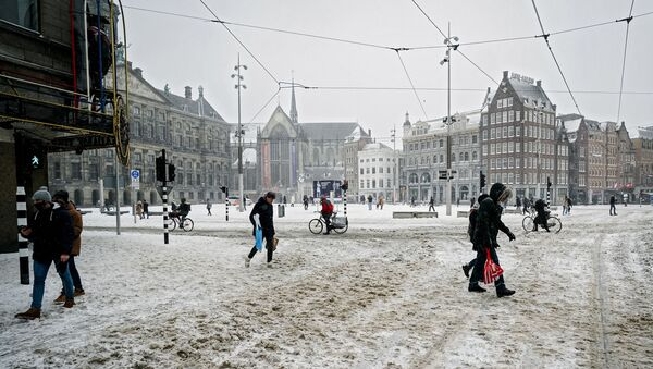 La place du Dam à Amsterdam, le 7 février 2021 - Sputnik France
